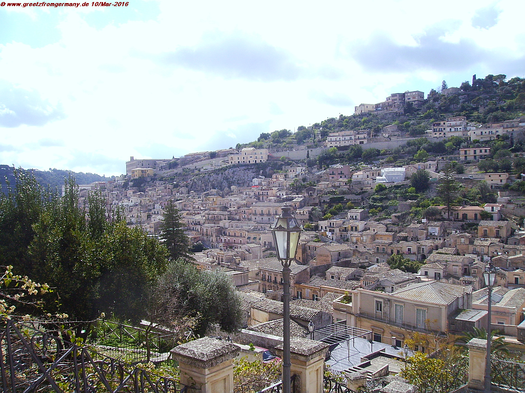 Modica, conquered by the Arabs in 845, was completely destroyed by the big earthquake of 1693 which took the lives of 60,000 Sicilians. The rebuilt city has stunning Baroque architecture and belongs today to the UNESCO World Heritage.