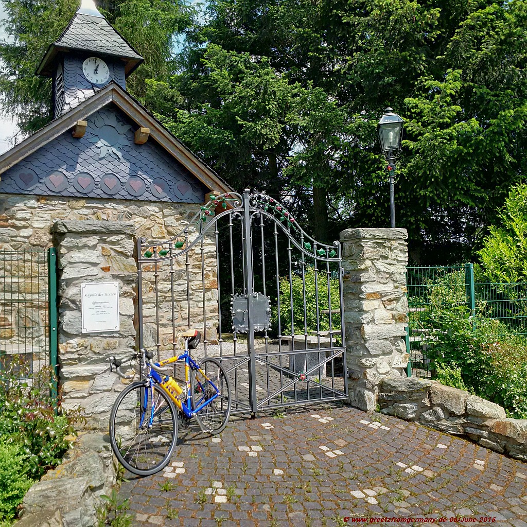 Chapel of Hearts, close to the little Taunus village of Wallrabenstein