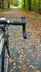 Tolles Rad - völlig unpassend für den heute spontan gewählten Weg abseits der gewohnten Runden